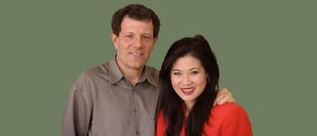 Image - Nicholas Kristof and Sheryl WuDunn