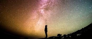 Image - human viewing Milky Way