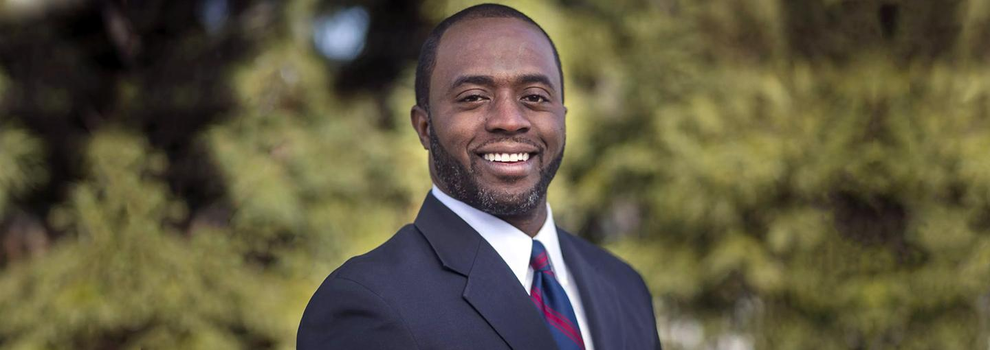 Image - California Education Chief Tony Thurmond