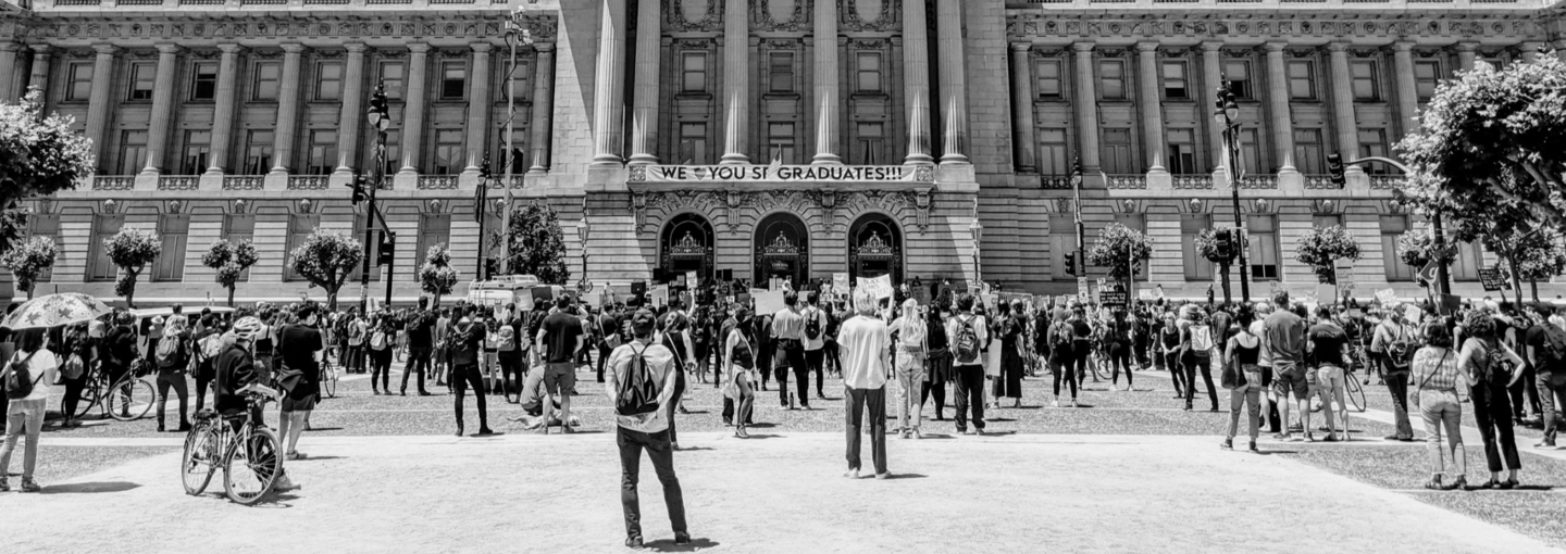Image - students in front of government building