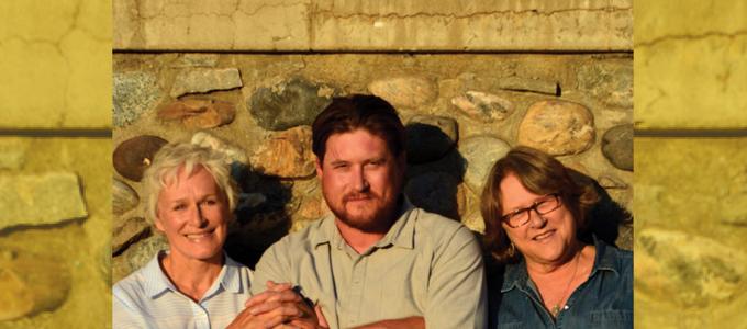 Image - Glenn Close and family