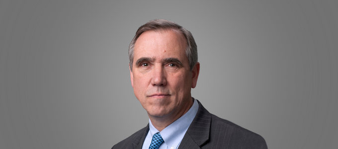 Image - Senator Jeff Merkley