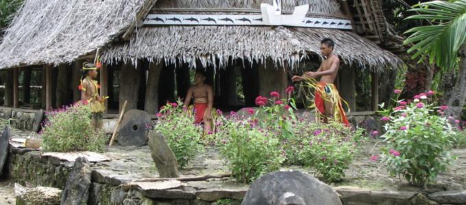 Image - people in Micronesia
