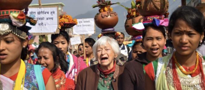 Image - women marching