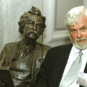 Image - Robert Hirst with Mark Twain statue