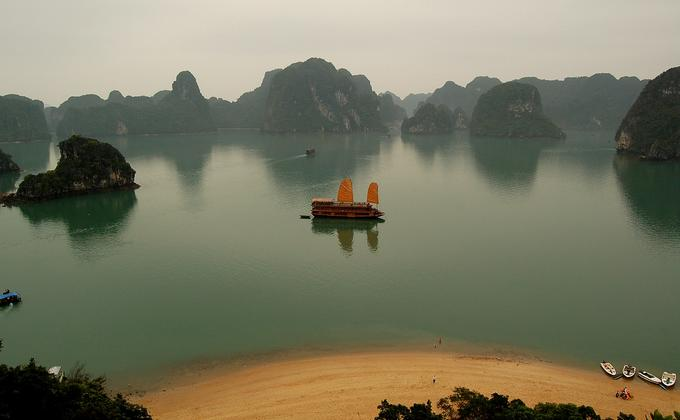 Hanoi and Halong Bay: Sep 30–Oct 2